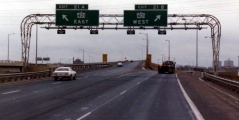 Foto e autostrades 401, Toronto, Dhjetor 1982, Burimi: Ontario Ministry of Transportation  -  © Queen's Printer for Ontario, 2011